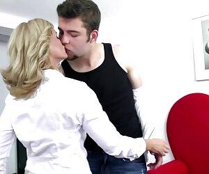 Sicuramente affascinare il conducente, e gli video porno di donne mature lesbiche ha dato una cascata alberghi